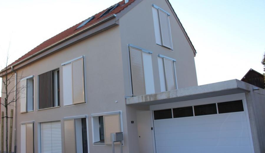 Neu erstellte Einfamilienhäuser in Berikon